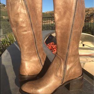 🔥🔥SALE🔥🔥 Donald J Pliner riding boots NWOT